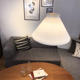 デンマーク照明【LE KLINT】の灯りで過ごすヒュッゲのひととき