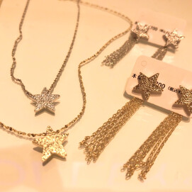 ⭐️星ネックレス⭐️ピアス⭐️