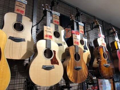 今や世界一のアコースティックギターブランド!