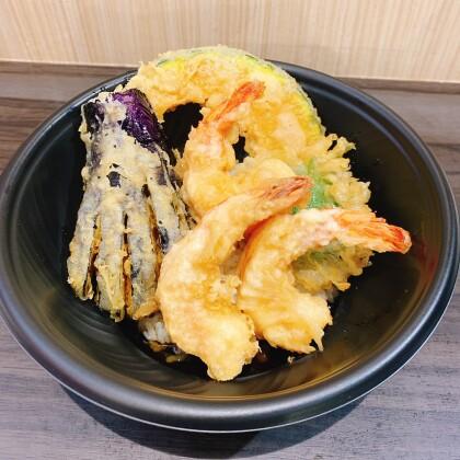 ☆おすすめテイクアウト商品(小海老と野菜天丼)☆